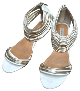 Kelsi Dagger White, silver and gold Sandals