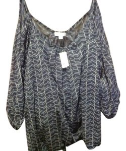 New York & Company & Co Cold Slate Peasant Top Relate blue with white accent