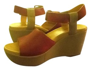 Kork-Ease Red Wedges