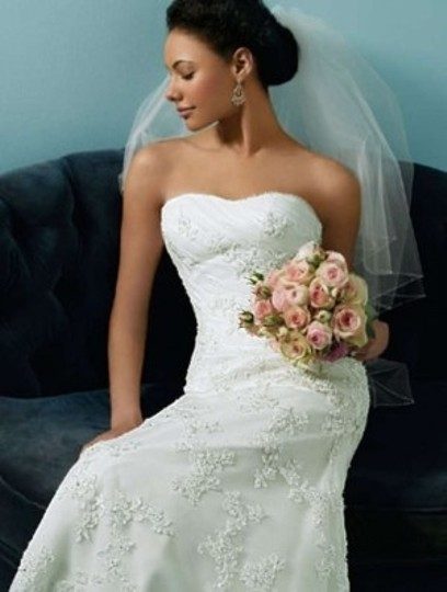 Alfred Angelo 1807 Wedding Dress