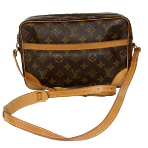 Louis Vuitton Leather Canvas Duffle Weekender Cross Body Bag