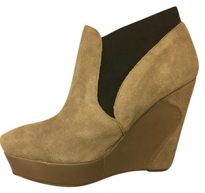 MRKT Wedge Ankle Boot Tan Suede Boots