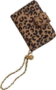 Park Avenue Accessories Leopard Print iPhone4s Clutch