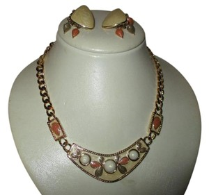 Trifari vintage enamel necklace & clip earring set