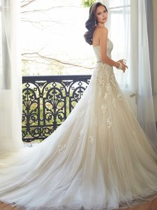 Sophia Tolli Y1152 Wedding Dress