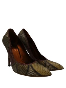 Gucci Heels Multi-color snakeskin beige, tan, red , and brown Pumps