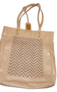 Badgley Mischka Tote in Beige