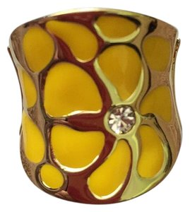 Tara Vanessa Collection Yellow Flower STRETCH Ring ONE SIZE FITS ALL