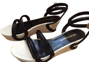 Emporio Armani White and black Sandals