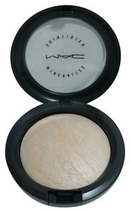 MAC Cosmetics LIGHTSCAPADE Mineralize Skin Finish (MSF)