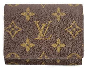 Louis Vuitton Card Case 45LVA912