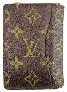 Louis Vuitton Monogram Card Case 46LVA912