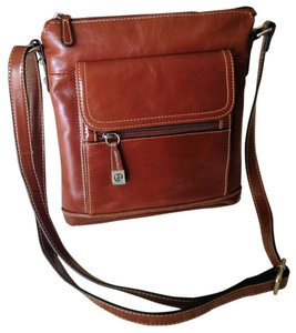 Giani Bernini Russet Leather Convenient New Shoulder Bag