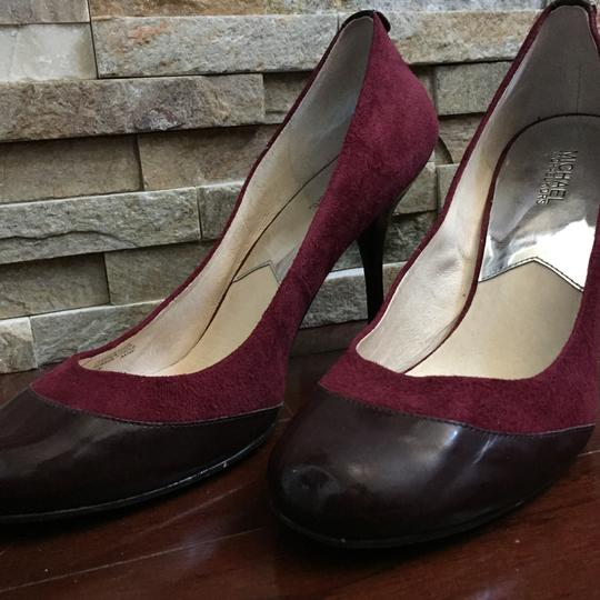 MICHAEL Michael Kors Round Toe Heels Suede Leather Size 12 Burgundy Pumps