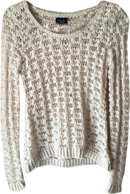 Preload https://item3.tradesy.com/images/american-eagle-outfitters-white-cozy-warm-wool-sweater-1947767-0-0.jpg?width=400&height=650