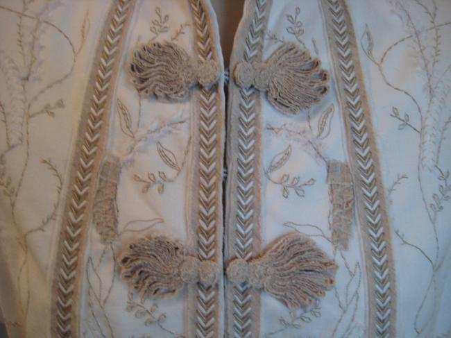 Elie Tahari Embroidered Top White & Taupe Image 3