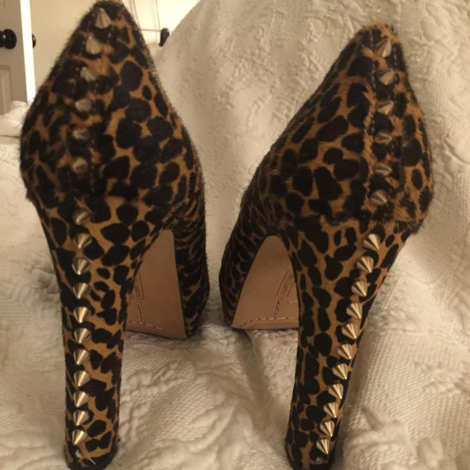 09a5a89d489 Vince Camuto Leopard Print Pony Hair Spiked Heels Platforms Size US ...