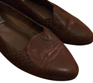 Gitano Leather Flats