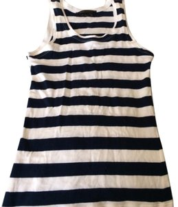 BCBGMAXAZRIA Top White and navy