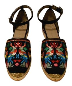 Giuseppe Zanotti Swarovski Accents Embroidered Design Vibrant Colors Made In Spain Black Flats