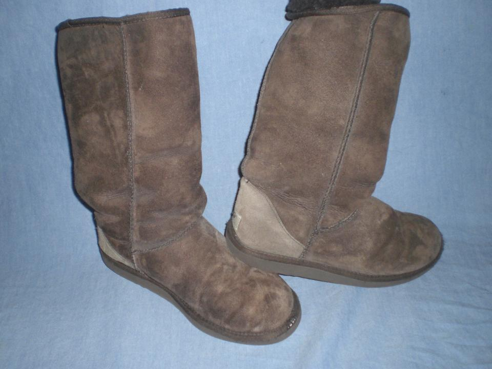 b13d76561aa UGG Australia Brown Classic Tall Uggs 5815 Boots/Booties Size US 9