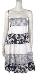 Guess Tiered Lace Strapless Dress