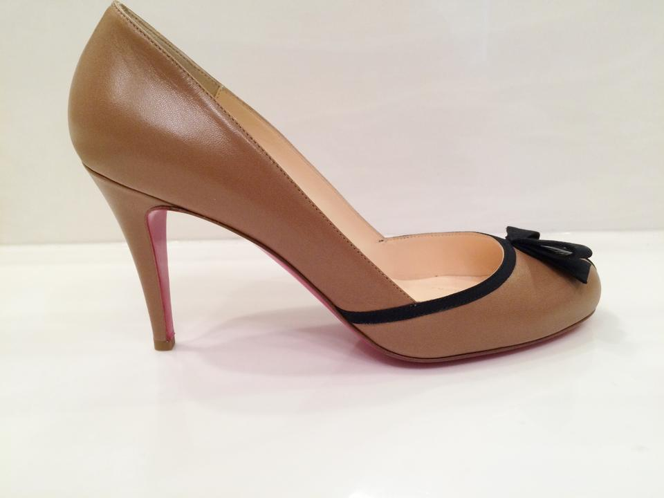 online retailer b4902 92f25 Christian Louboutin Tan with Black Piping and Bow Leather Never Worn Medium  Heel Comfortable Pumps Size US 8.5 Regular (M, B) 44% off retail