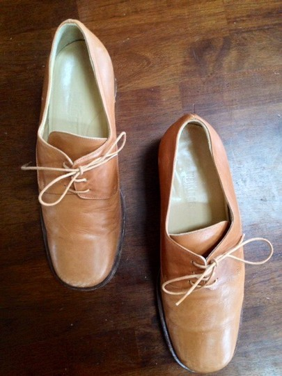 Walkings Leather Made In Upper & Sole Tan leather Flats