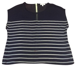 dELiA*s Top Navy and white
