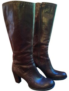 Brn Rich dark brown Boots