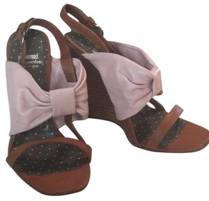Moschino Tobaco brown and pale pink Wedges
