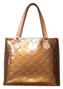Louis Vuitton Vernis Patent Leather Hobo Bag