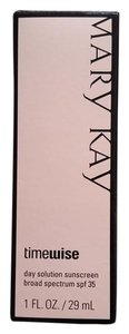 Mary Kay NWT Mary Kay Timewise Day Solution