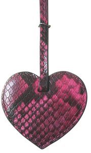 Michael Kors Michael Kors Heart Large Key Chain Boxed, Pink