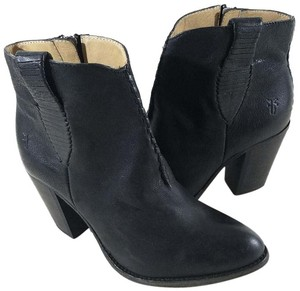 Frye Style #71240 Ankle Boot Black Boots