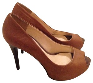 Guess Heels Heels Brown Pumps