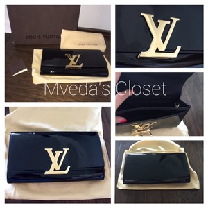 Louis Vuitton Blk Clutch