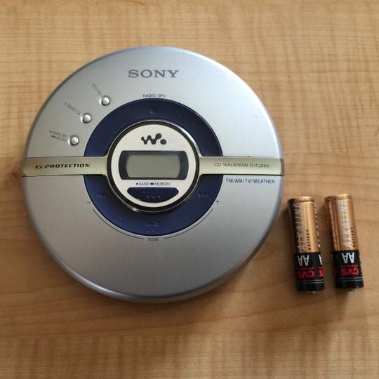 Sony Sony Walkman Multi-feature (D-FJ200) Portable CD Player With Radio & Waist Carrier [ SisterSoul Closet ]