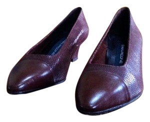 Evan Picone Leather-covered Toe Made In Spain New Sole Heel Burgundy Pumps