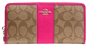 Coach Coach Zip Wallet In Signature Canvas with Leather - F52859