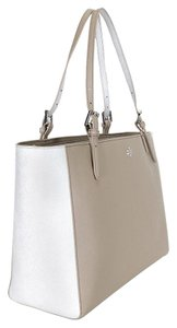 Tory Burch Tote in French Gray/Silver