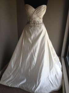 Stephen Yearick Off White Silk Satin Suanne (13310) Formal Wedding Dress Size 12 (L)