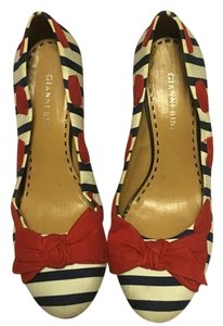 Gianni Bini Red white and blue Pumps