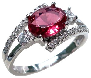 9.2.5 stunning ruby and white sapphire royal cocktail ring size 6