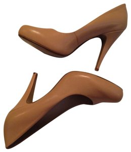 Nine West Light Caramel Pumps