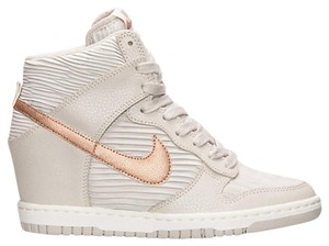Nike Bronze Met Dunk Sky LIGHT BONE Athletic