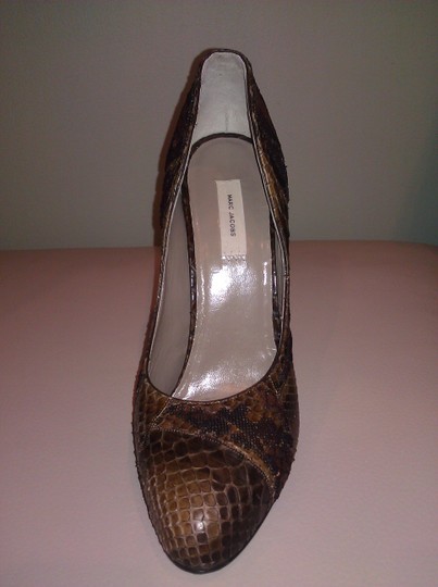Marc Jacobs Crocodile Leather Sequin Leather Brown Pumps Image 3