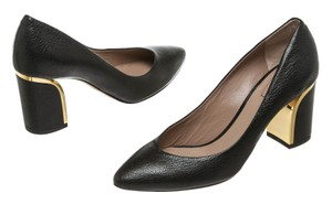 Chlo Black Pumps