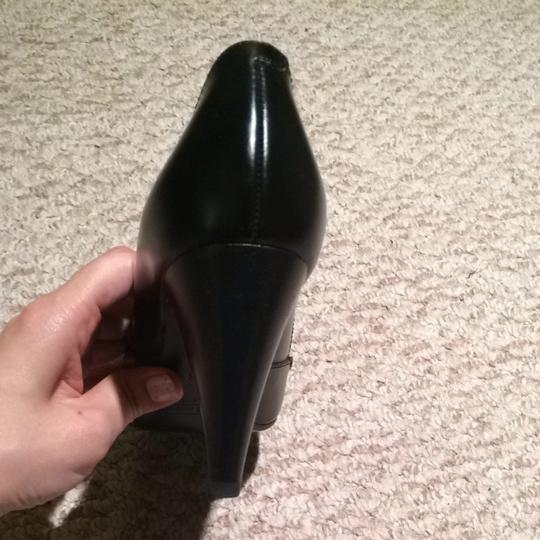 Marc Jacobs Black Pumps Image 5