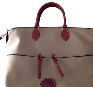 Dooney & Bourke Satchel in Khaki